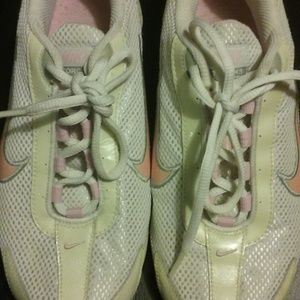 Womens Running/Track Nike Torch Size 6 Pink White